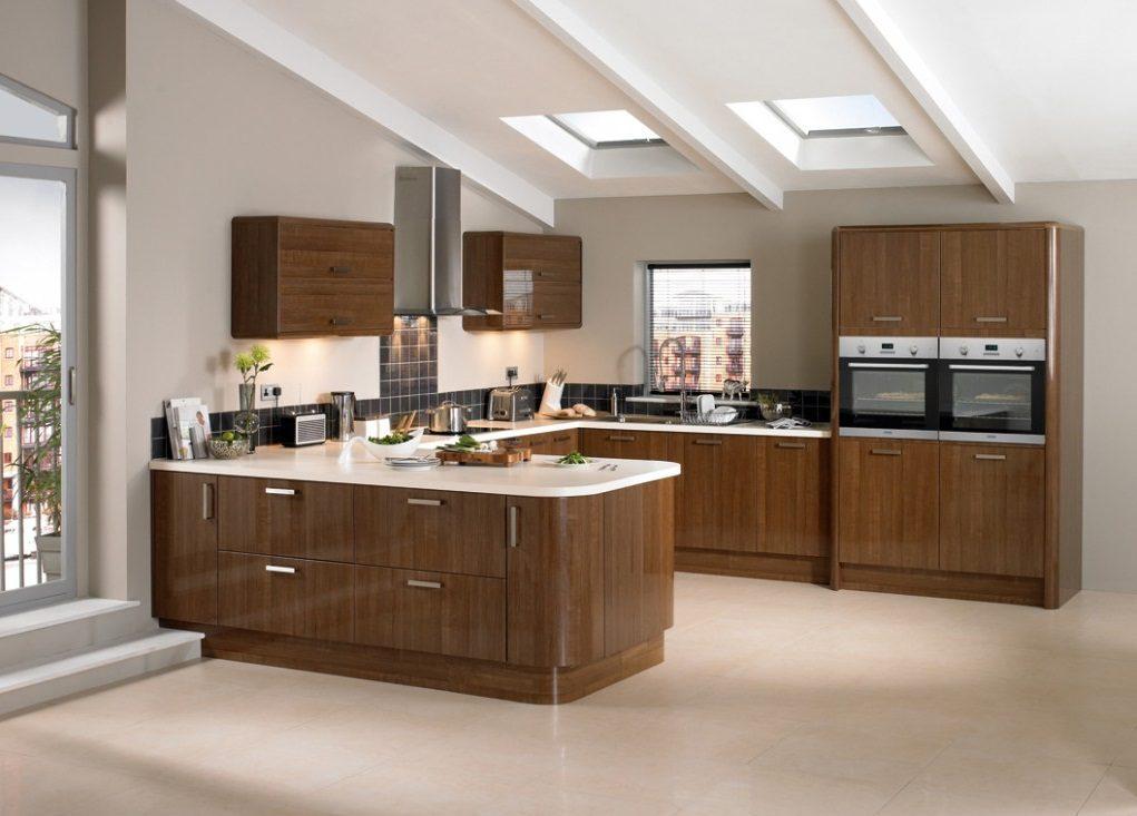 Cocina abierta de madera im genes y fotos for Cocinas modernas apartamentos