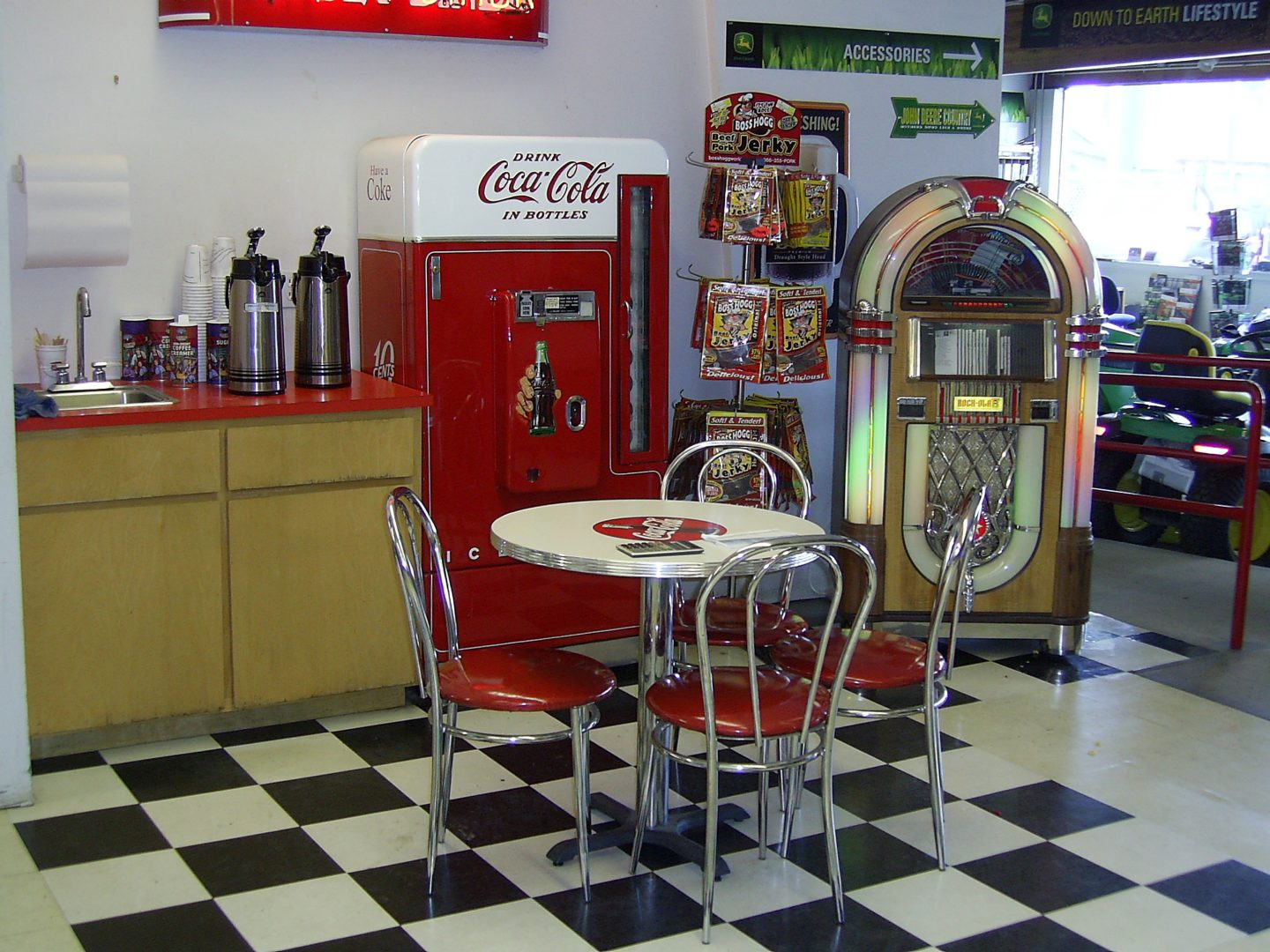 Jukebox Country Kitchen
