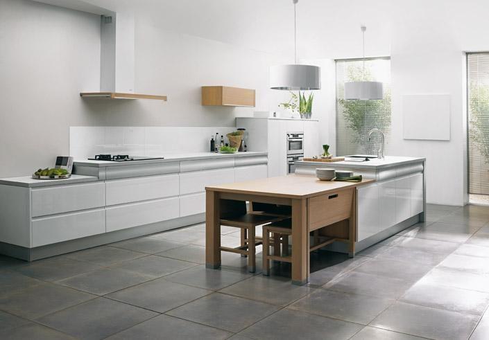 Cocina moderna con isla im genes y fotos - Relojes para cocinas modernas ...