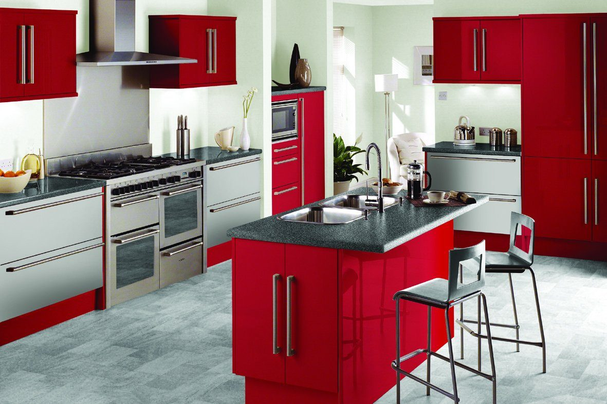 Cocina roja con isla central im genes y fotos - Latest kitchen cabinet design 2017 ...