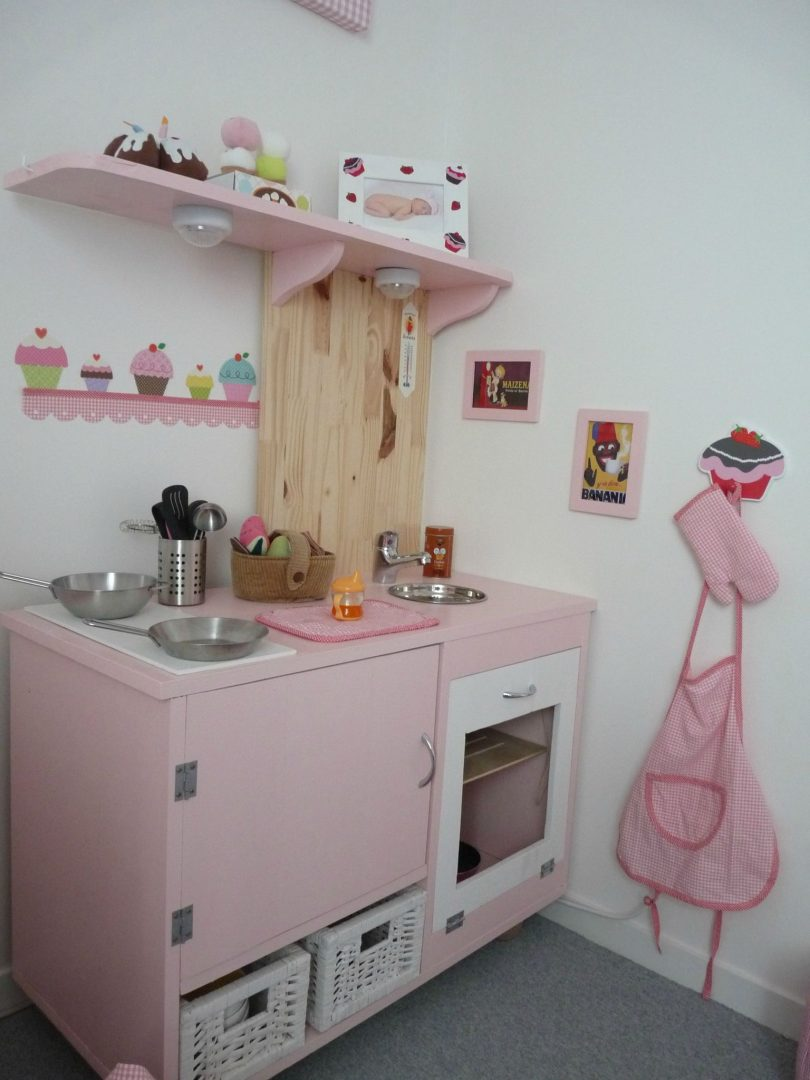 C mo decorar una cocina peque a pictures to pin on pinterest for Como decorar una cocina