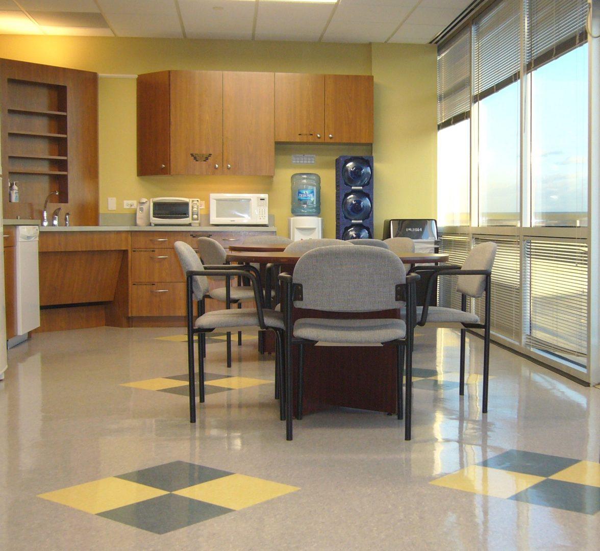 Fotos de cocinas con office im genes y fotos - Cocinas con office fotos ...
