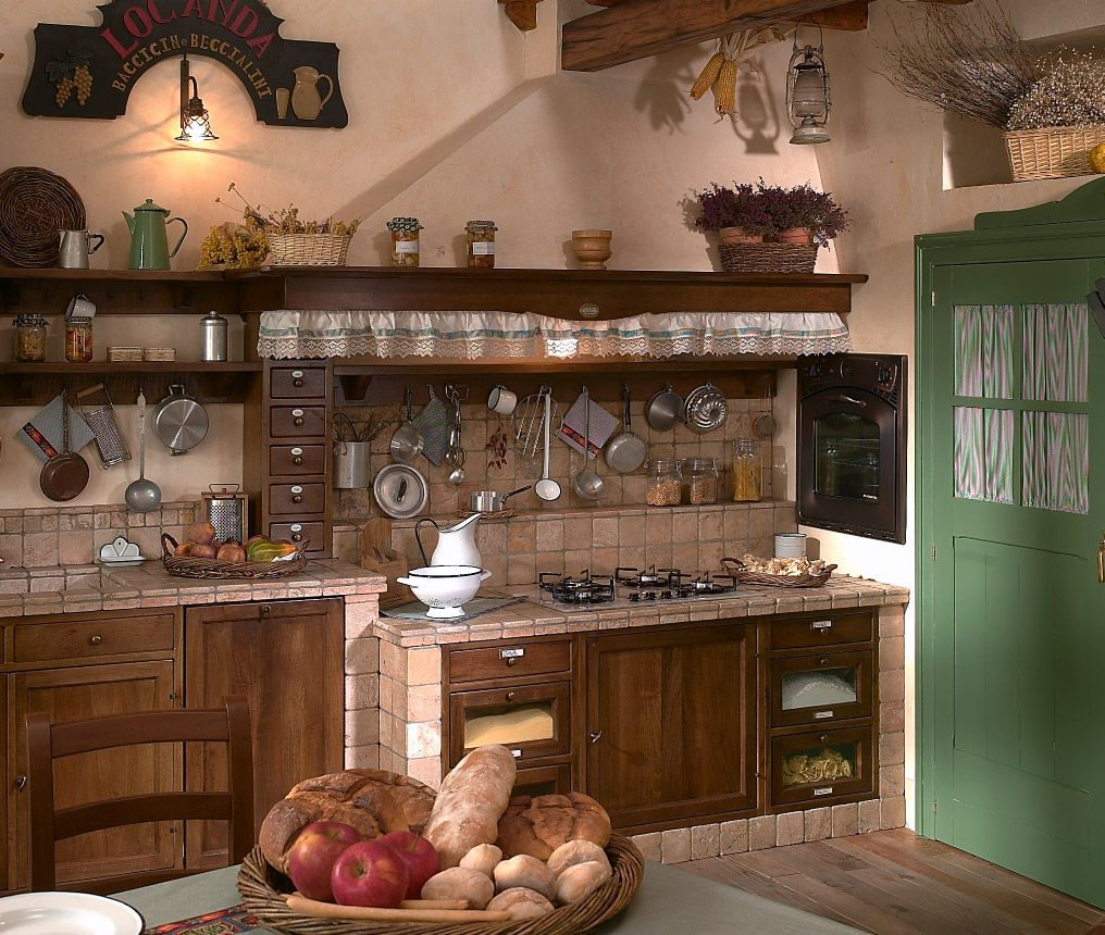 Fuegos de una cocina r stica im genes y fotos for Cortinas para cocina rustica