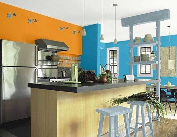Tonos naranjas y azules en la cocina :: Imágenes y fotos