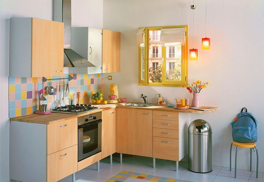 Ideas para decorar una cocina peque a for Ideas decorar pared cocina